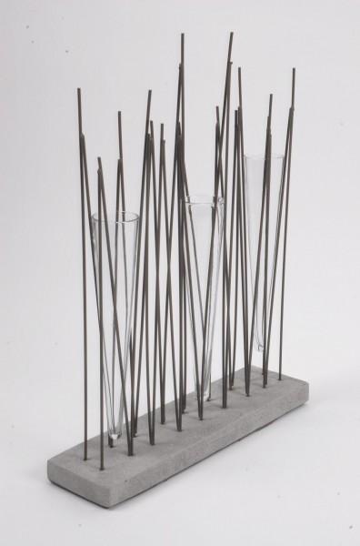 design vase pfeil 3 aus glas holz metall modern vasen. Black Bedroom Furniture Sets. Home Design Ideas