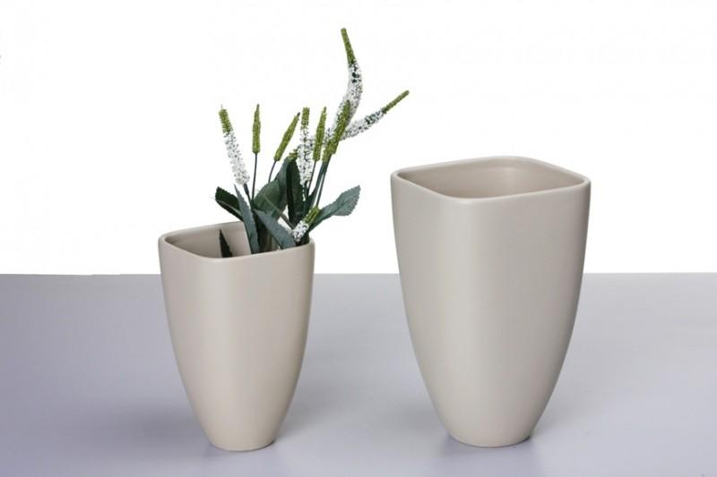design vase leon keramik creme vasen modern. Black Bedroom Furniture Sets. Home Design Ideas